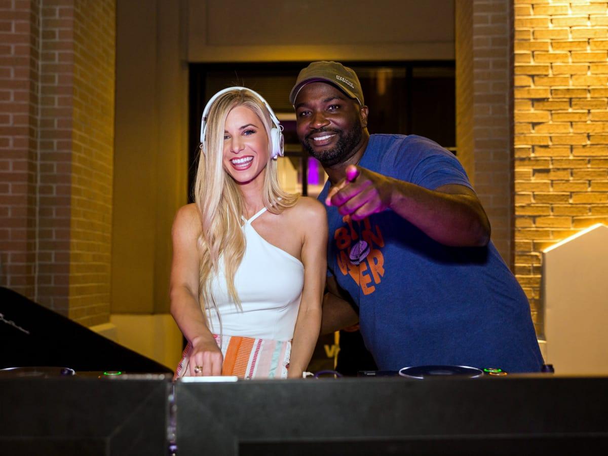 Houston, Marcy, West Ave Pink Party, October 2017, Whitney Hargrove, DJ Senega