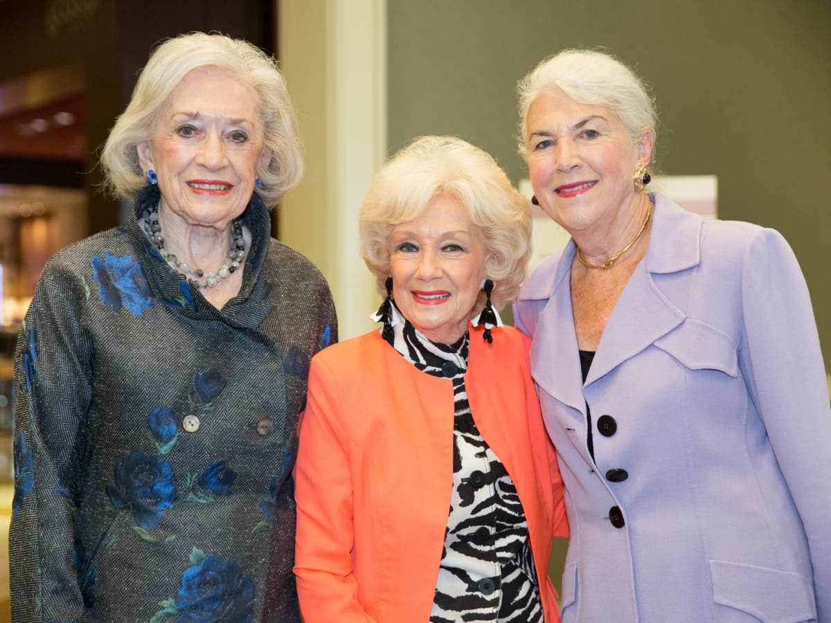 Ramona Jones, Billie Leigh Rippey, Bobbie Sue Williams, Trailblazer