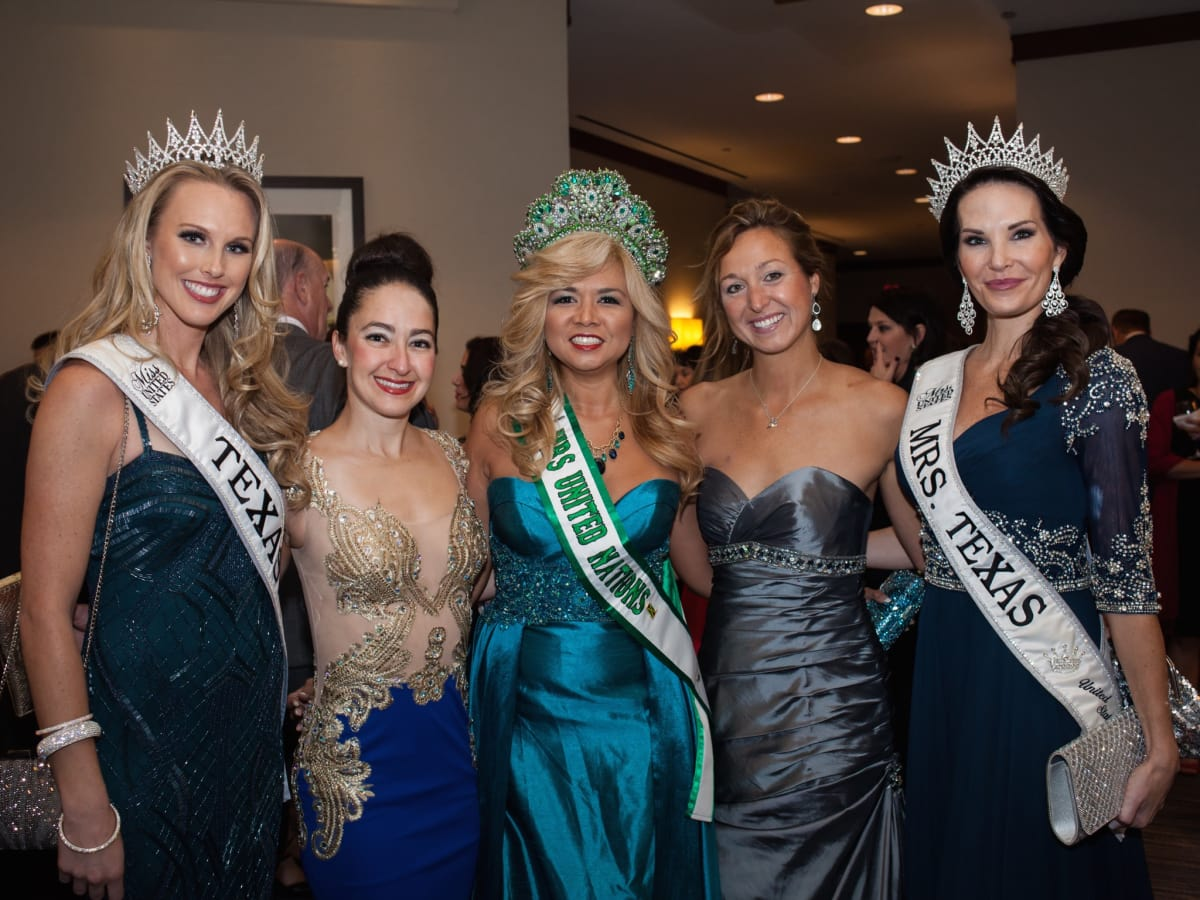 Elijah Rising Gala, Miss Texas United States Shannon Dresser, Dr. Ally Daum, Mrs. United Nations Dr. Peta-gay Ledbetter, Dr. Brittany King and Mrs. Texas United States Ann Marie Reigrut