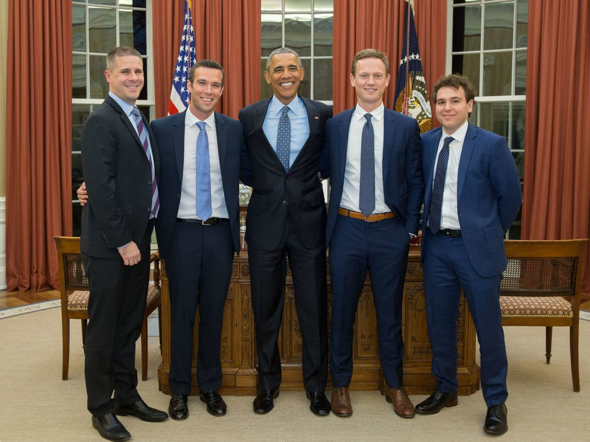 Dan Pfeiffer, Jon Favreau, Tommy Vietor, and Jon Lovett of Pod Save America with President Barack Obama
