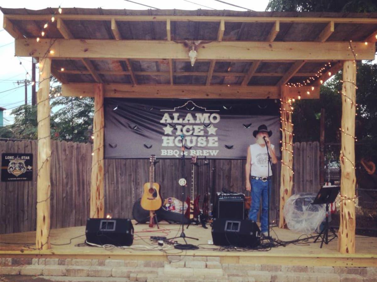 Alamo Ice House SATX
