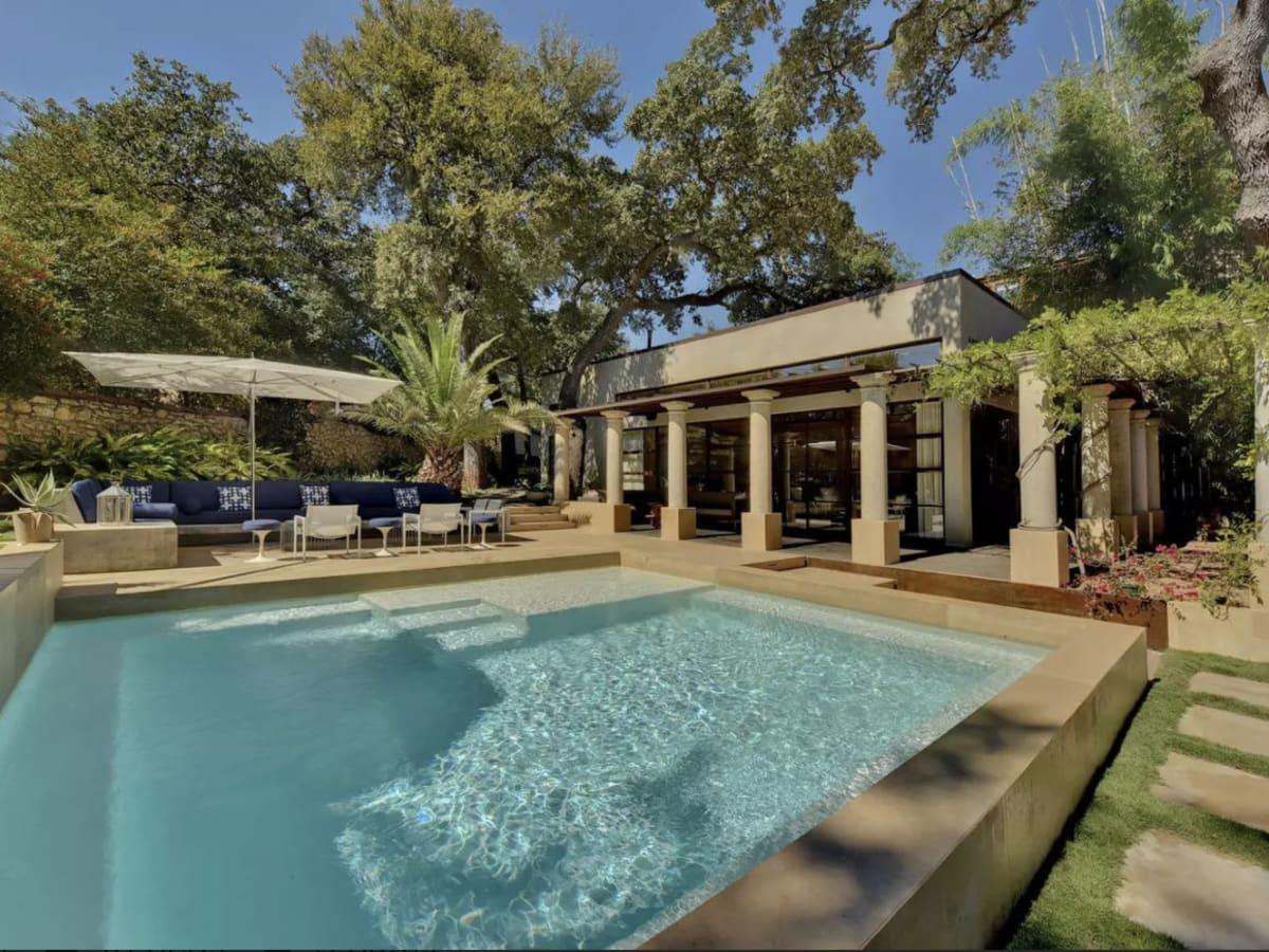 Clarksville Airbnb villa