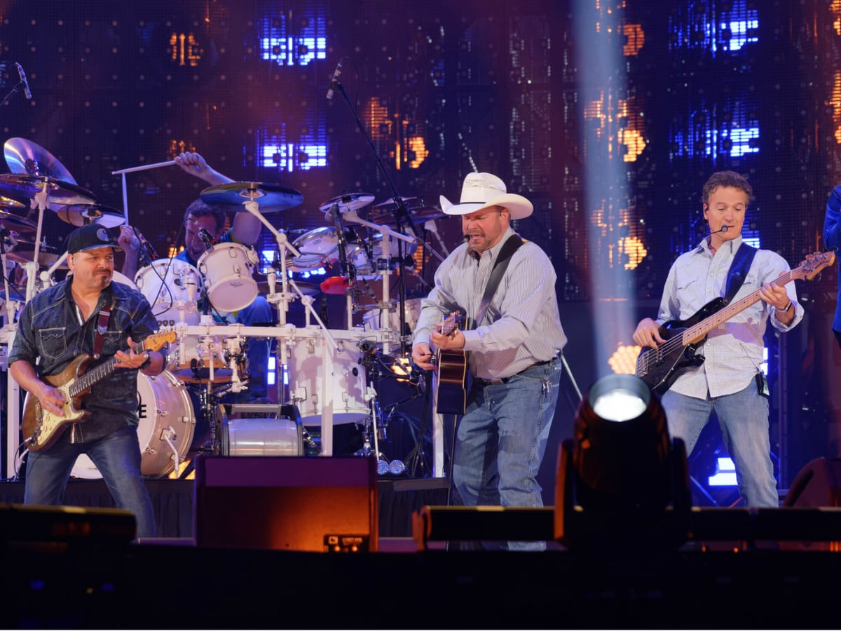 Garth Brooks opening night RodeoHouston band shot