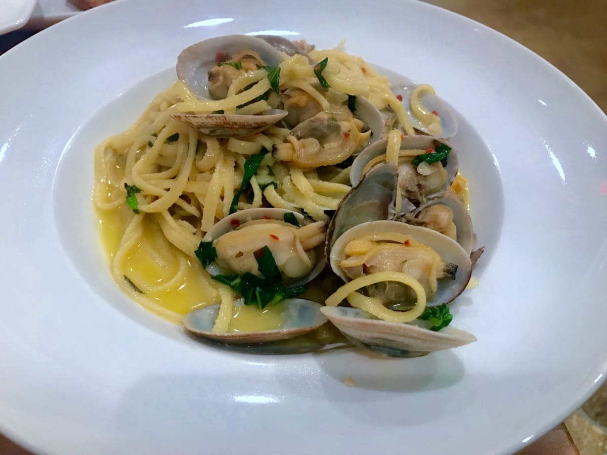 Fresco Cafe Italiano linguine vongole