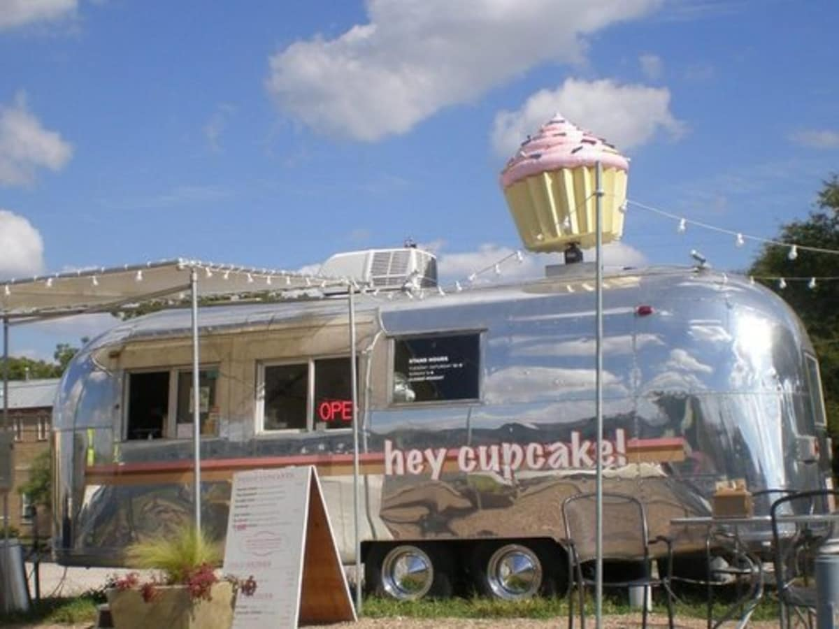 Austin Photo: Places_Food_hey_cupcake_exterior