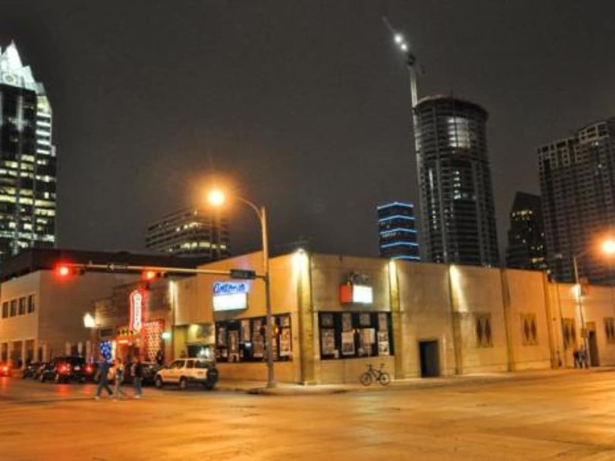 Austin Photo: Places_Live Music_Antone's_Exterior