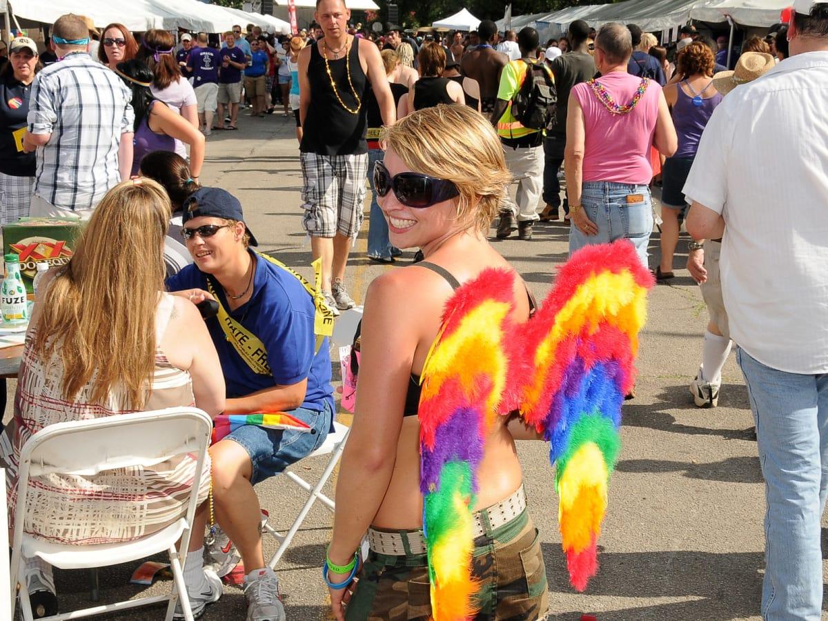 News_Pride Parade_wings