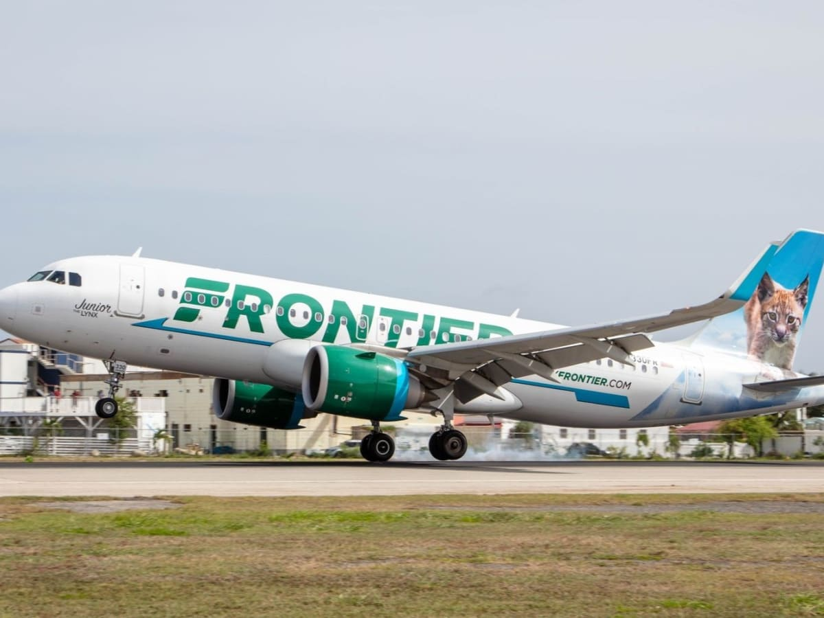 Frontier Airlines plane Salt Lake city