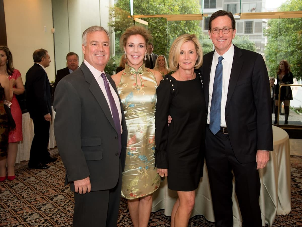 Ronald McDonald gala, 5 Myles and Marty Kelley with Bill and Susanne Bancroft