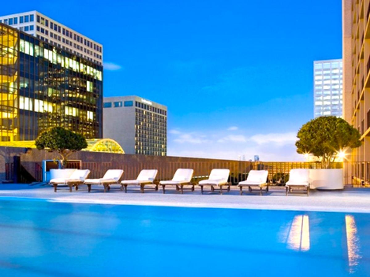 Places-Hotels/Spas-Westin Galleria