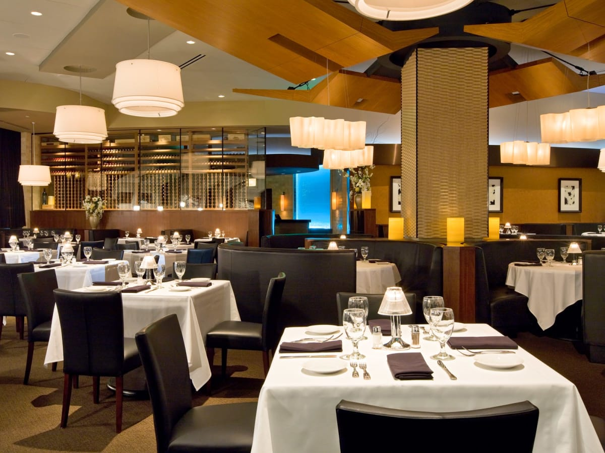 Places-Food-Eddie V's Prime Seafood interior