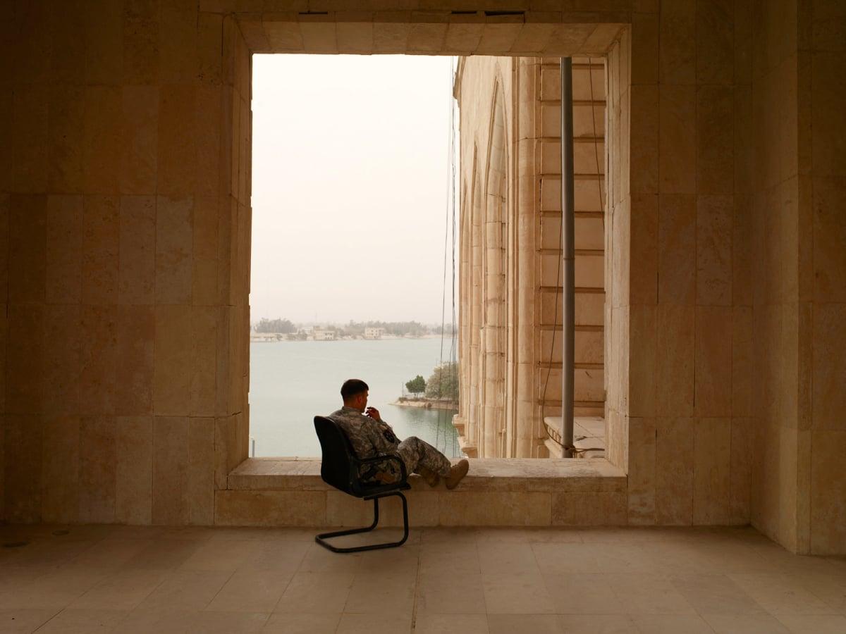 News_FotoFest 2010_Whatever Was Splendid_Richard Mosse_Cigarette at Al Faw Palace, Baghdad, Iraq_2009