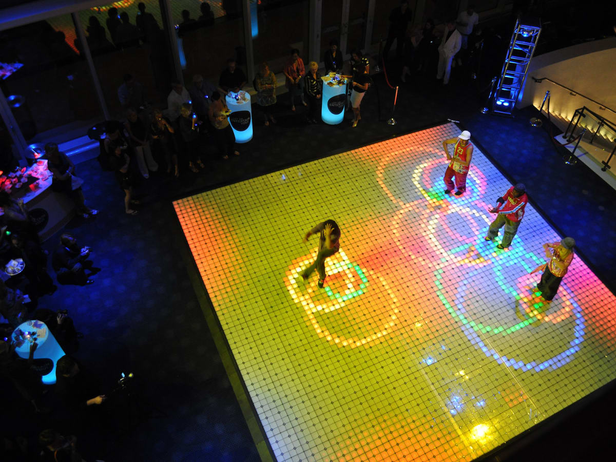 News_Biz Confab Party_dance floor