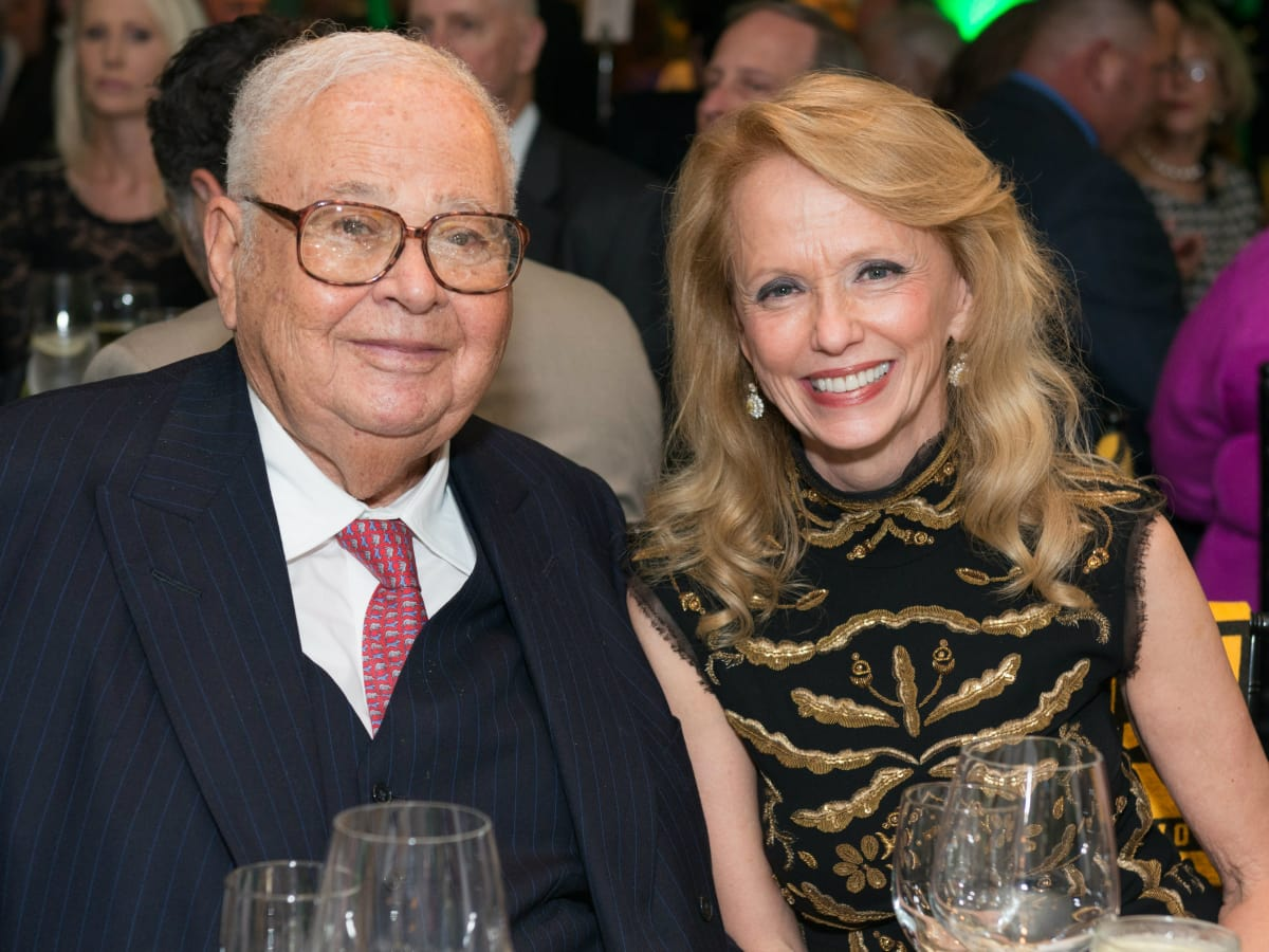 Fayez Sarofim and Susan Krohn at the Touchdown for Teachers dinner November 2014