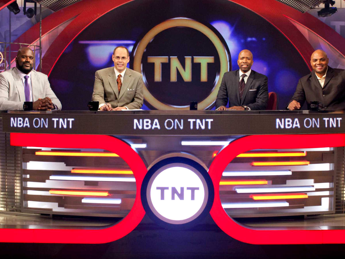 NBA on TNT cast Shaquille O'Neal Ernie Johnson Kenny Smith Charles Barkley