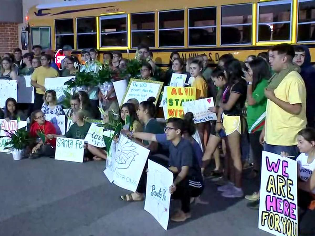 Santa Fe High School return to class support