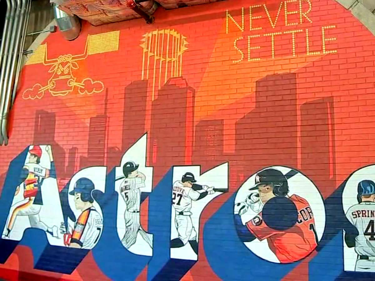Astros mural Donkeeboy Minute Maid Park