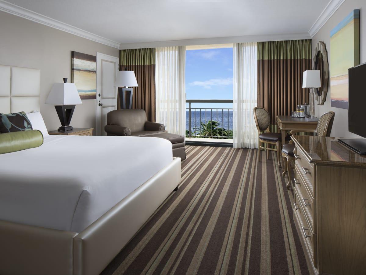 San Luis Resort deluxe standard room