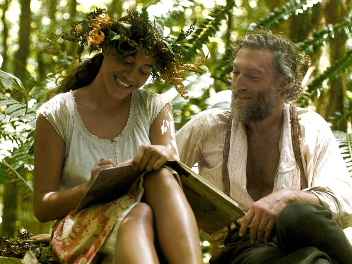 Tehui Adams and Vincent Cassel in Gauguin - Voyage de Tahiti
