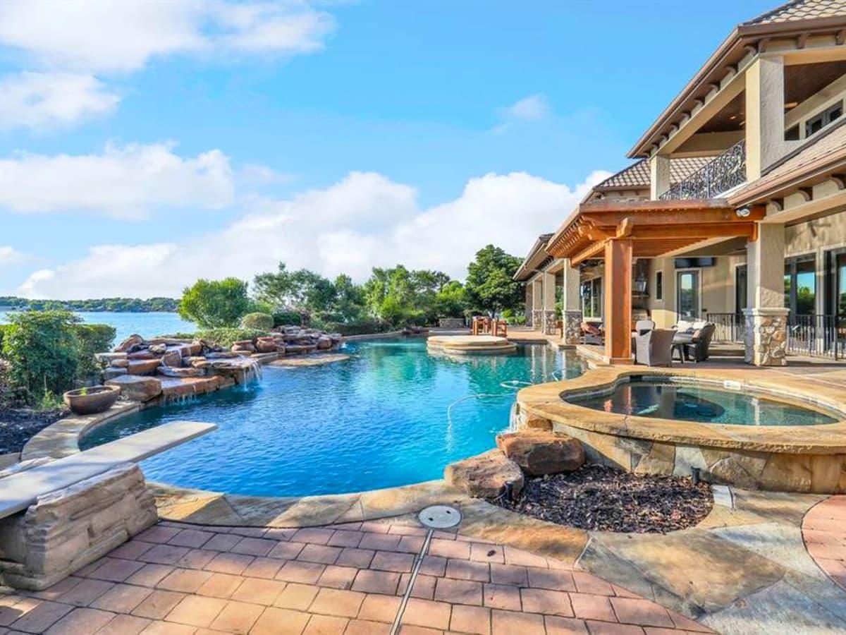 Robert Griffin III RGIII Lake Conroe house home for sale