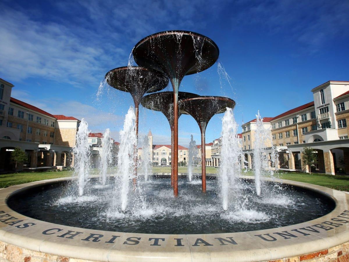 News_Texas Christian University_fountain