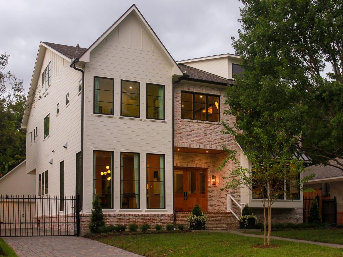 Braes Southern Living Showcase Home barbara bush exterior