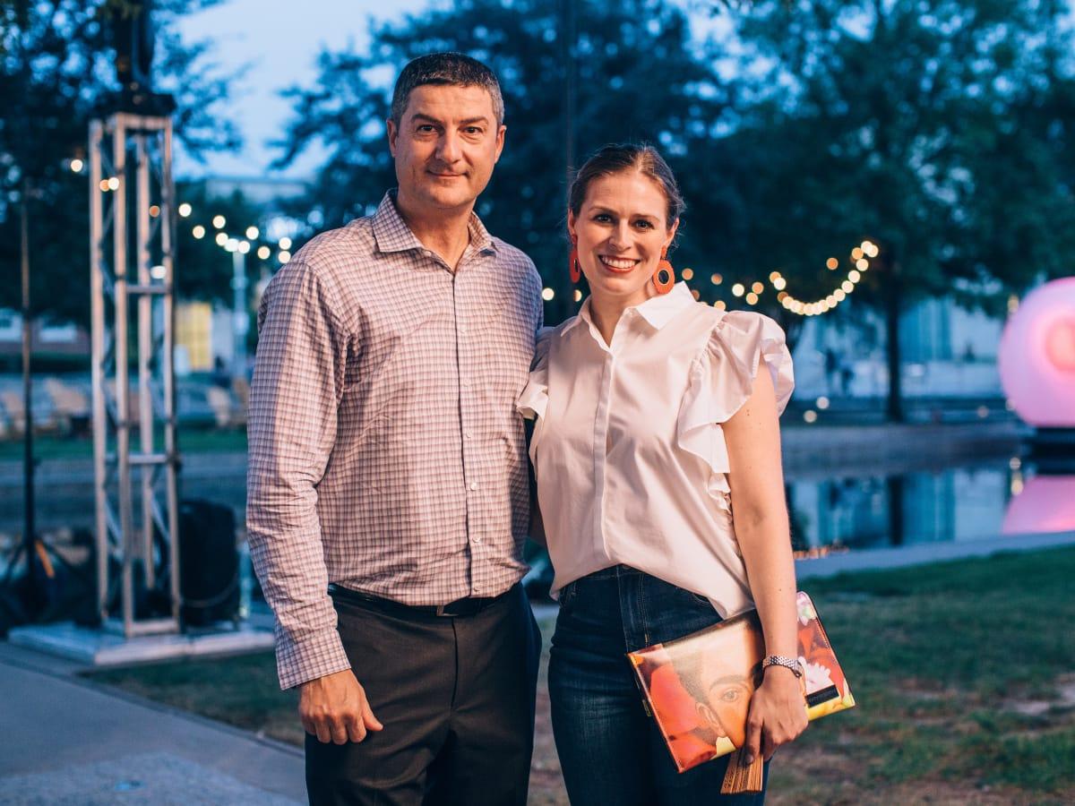 Mario Zambon, Erica Hoelscer
