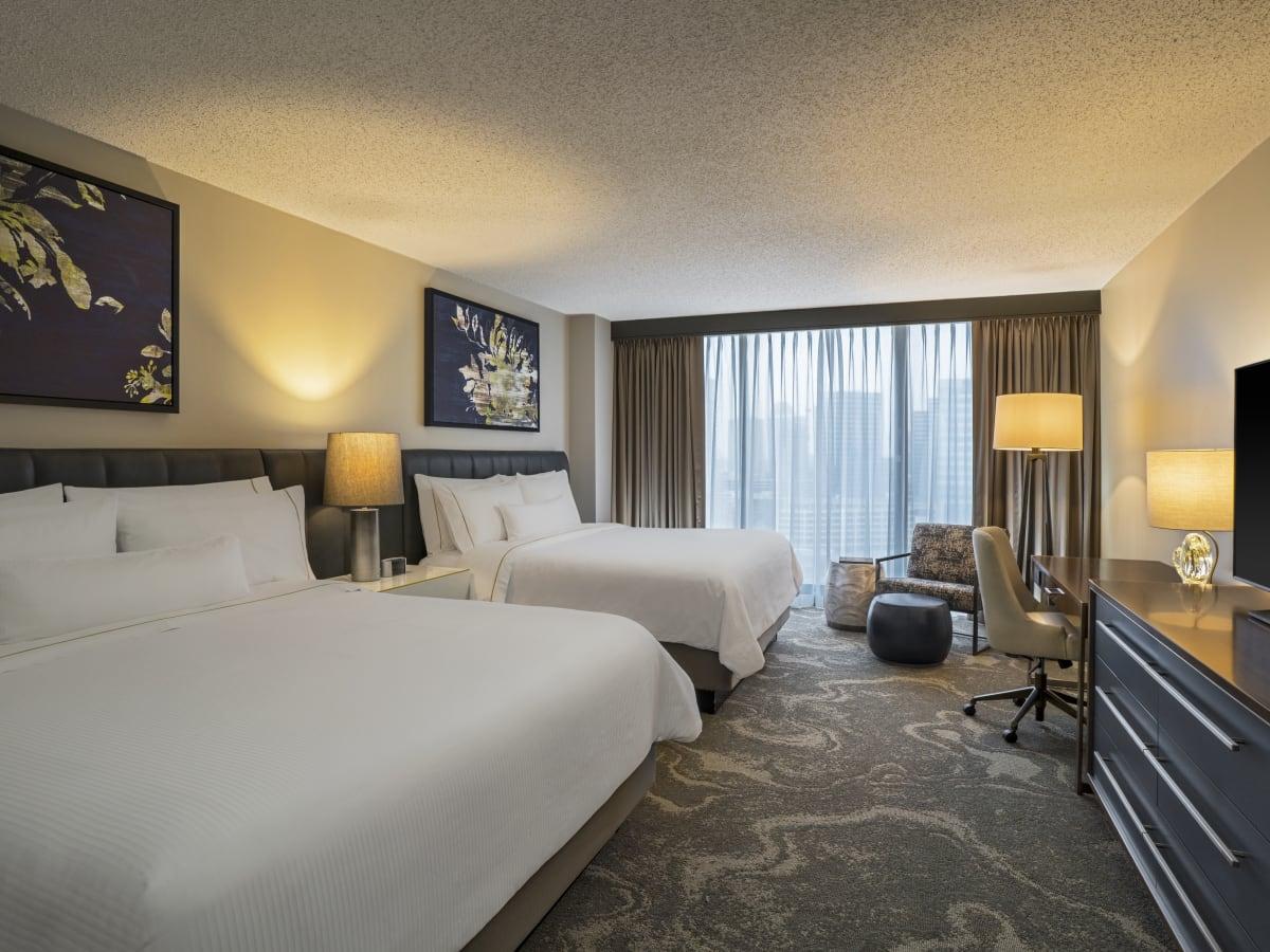 Westin Oaks Houston deluxe double king room