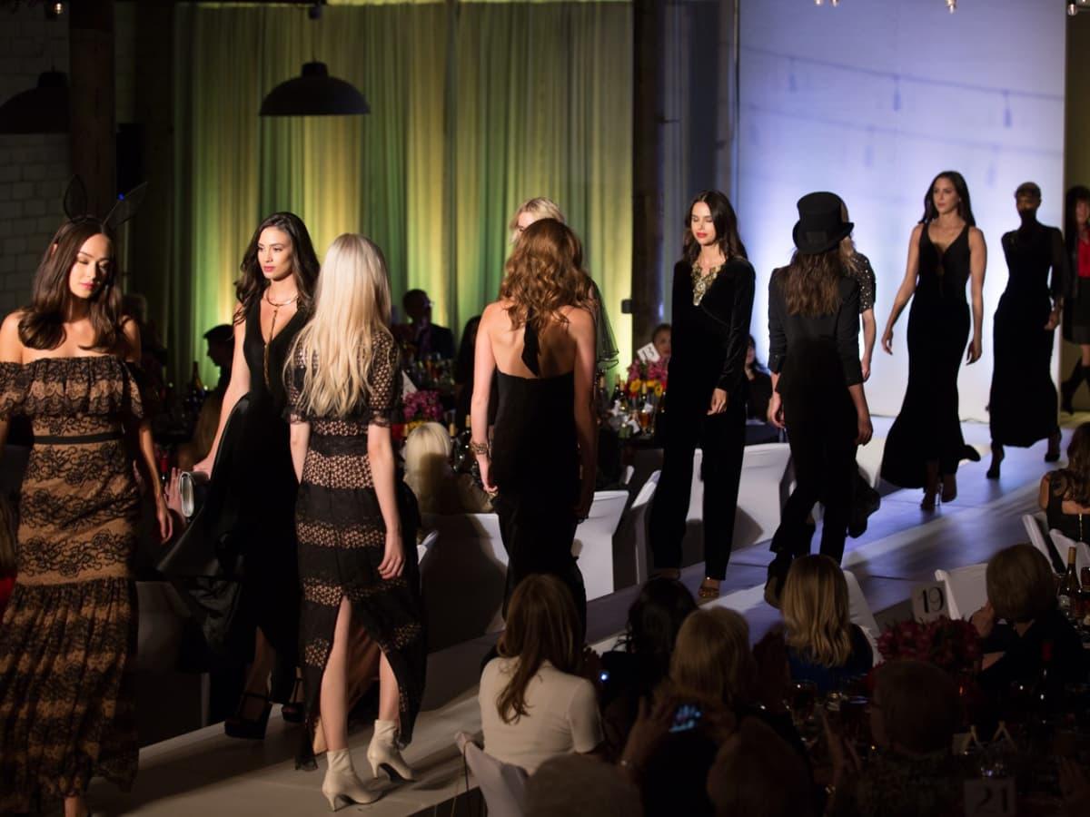 Wine Women & Shoes, fashion show