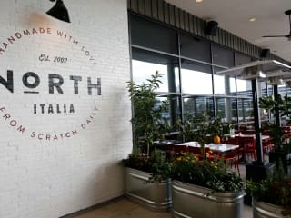 North Italia patio