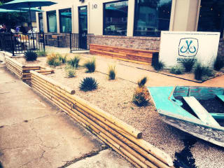 Mongers Market and Kitchen Austin restaurant exterior seafood 2015