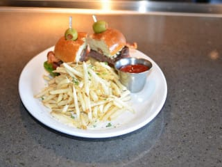 Terillis, hamburger and fries