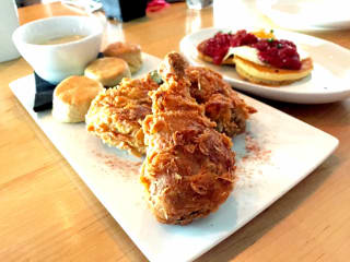 Mettle brunch fried chicken austin
