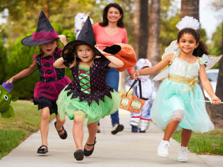 Land Tejas presents Miramesa Hocus Pocus Tour of Treats