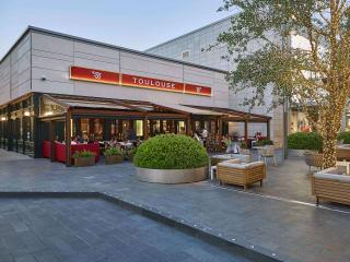 Toulouse Café & Bar