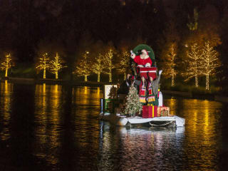 Santa on the Woodlands Waterway