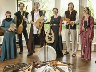 Austin Troubadours with historical instruments in period dress