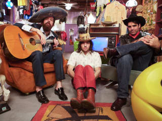 News_Jazz fest_The Avett Brothers_band