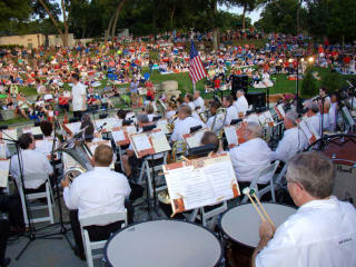 Dallas Wind Symphony at Dallas Arboretum