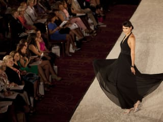 """The Women's Home's Fifth Annual """"reNew & reDux"""" Fashion Show"""