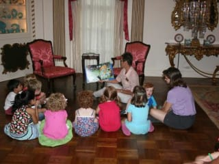 Summer Storytime Tours at Rienzi