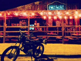 Historic Scoot Inn_exterior_patio_motorcycle_2014