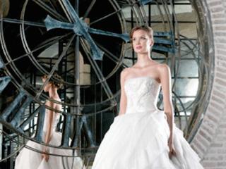 "Modern Luxury Brides Houston hosts ""Grandeur Evening of Bridal Luxury"" benefiting Dress for Success Houston"