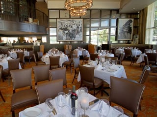 Ruth's Chris Steak House Houston main dining room