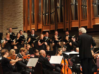 "Houston Chamber Choir presents ""Mozart's Messiah Magic"""