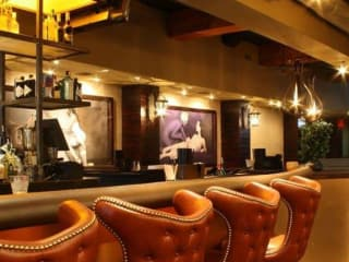 TenOak Bourbon House + Kitchen Austin restaurant bar 2015