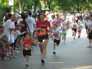 Houston Heights Association presents 32nd Annual Fun Run