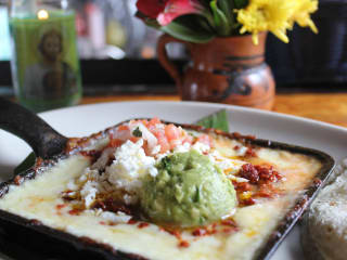 Licha's Cantina Austin restaurant queso choriqueso