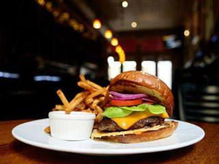 Zinc Bistro & Wine Bar burger San Antonio restaurant