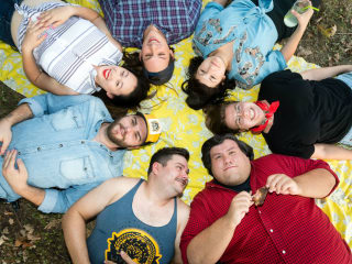 En Route Productions presents How's Your Mom 'N' Them? A Family Picnic